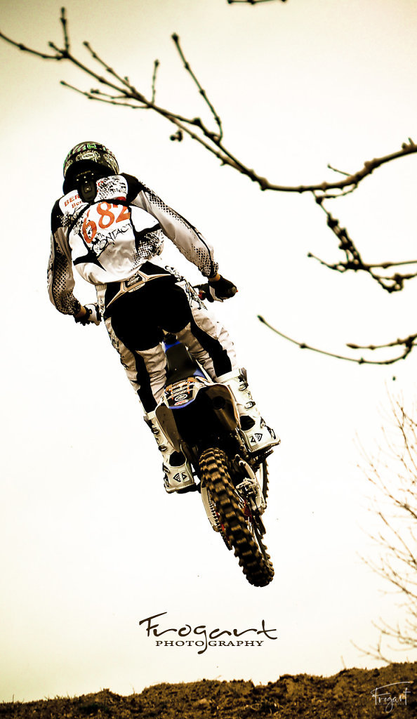 003-frogart-moto-cross-chpt-de-france-junior.jpg