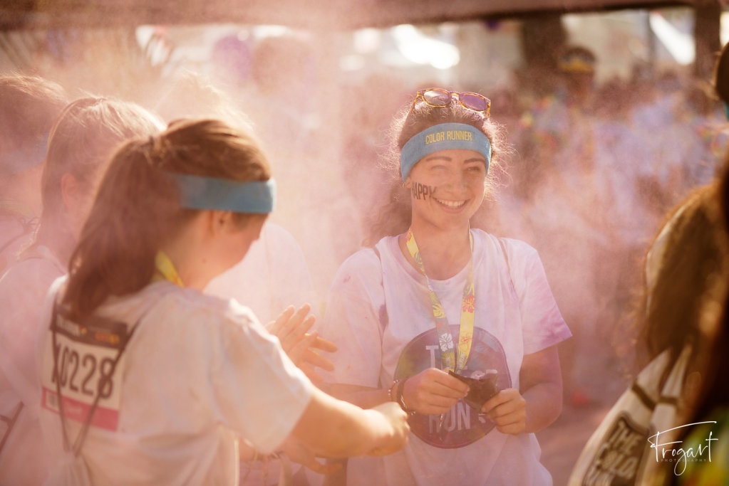 Color-Run-Lausanne-2016-48.jpg